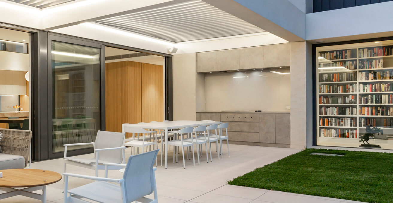 Outdoor kitchen custom cabinetry